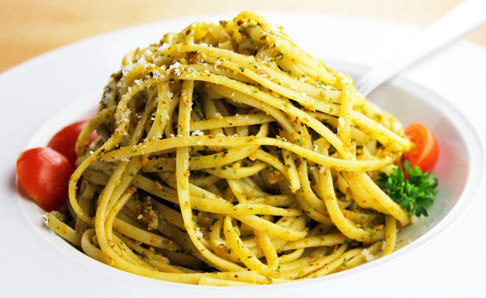 Pasta con Pesto Trapanese